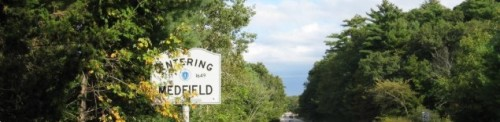 Medfield - entering sign